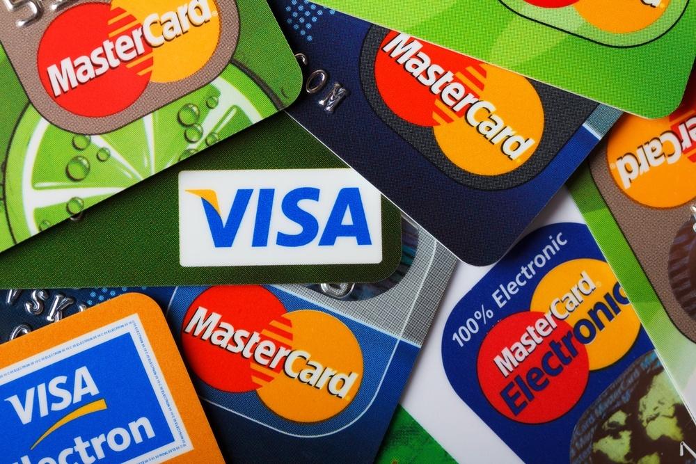 Банковские карты: неочевидные риски
