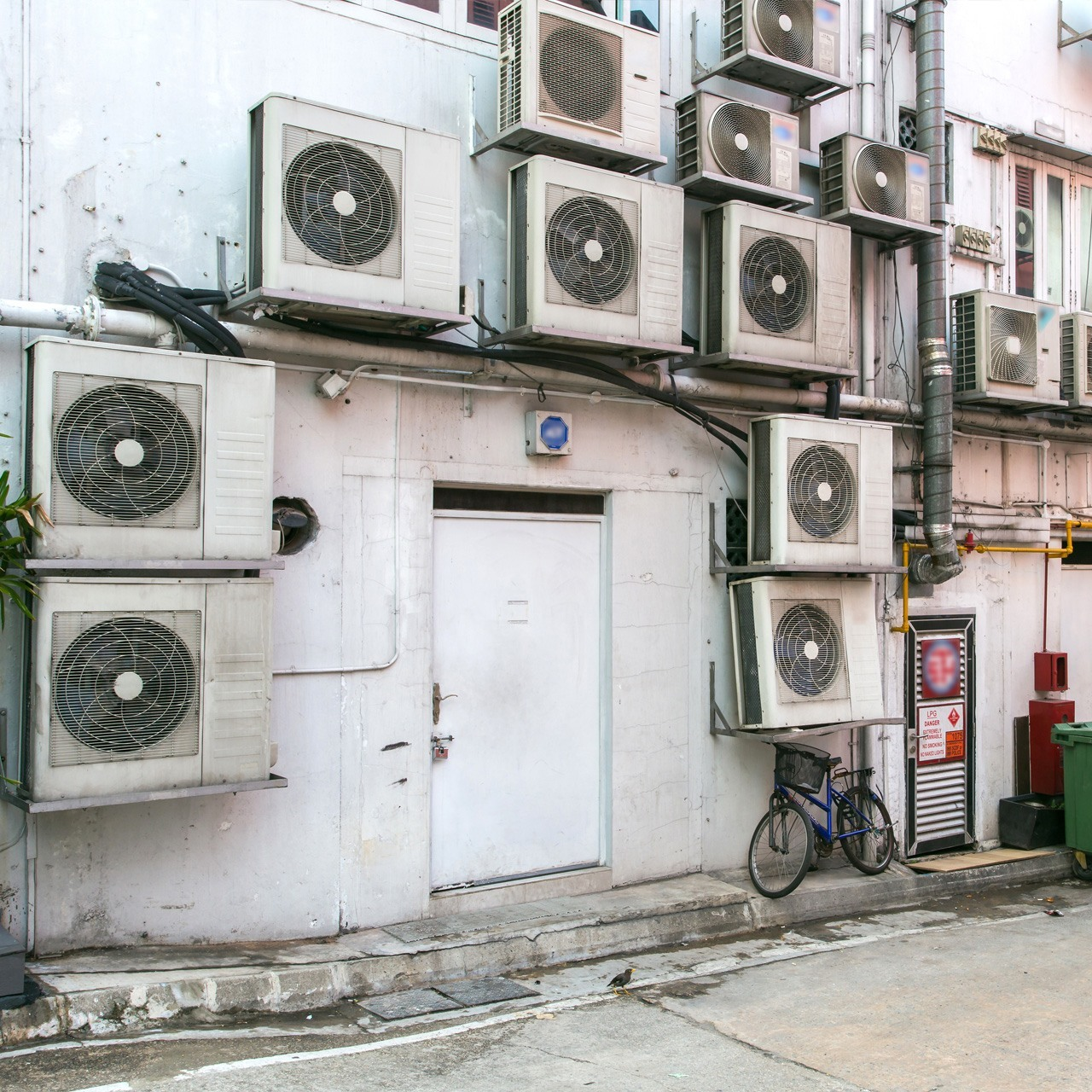 Hacking air conditioners leads to the whole block's blackout