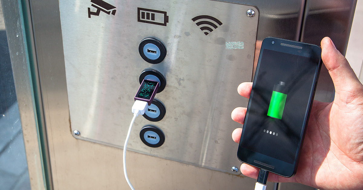 Pure.Charger: How to charge your smartphone in a public location without infecting it