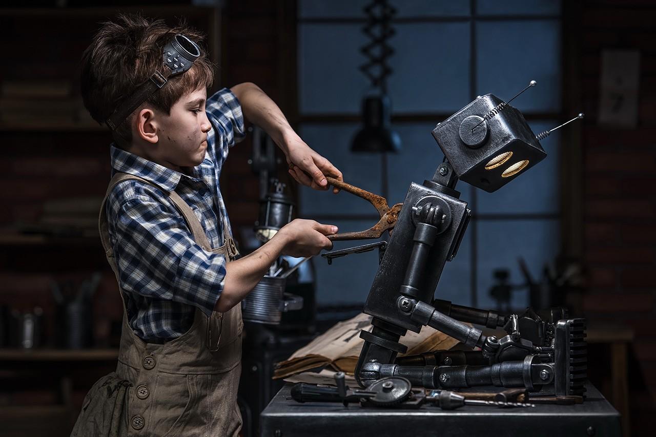 bionicmandiary-008-robot