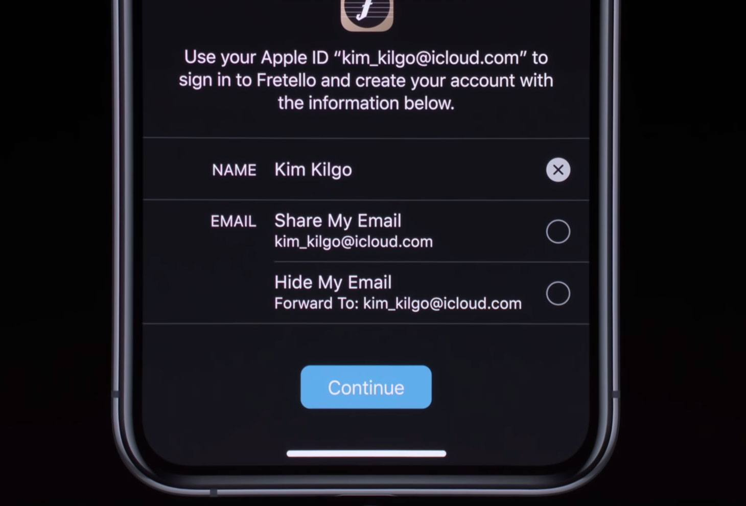 Sign In with Apple: Choice of e-mail to be used for login — either real or a randomly generated one
