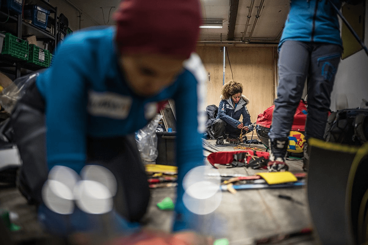 10.-Paying-attention-to-every-detail-to-avoid-any-single-point-of-equipment-failure-pre-deaprture-in-Svalbard-Photo-by-Renan-Ozturk