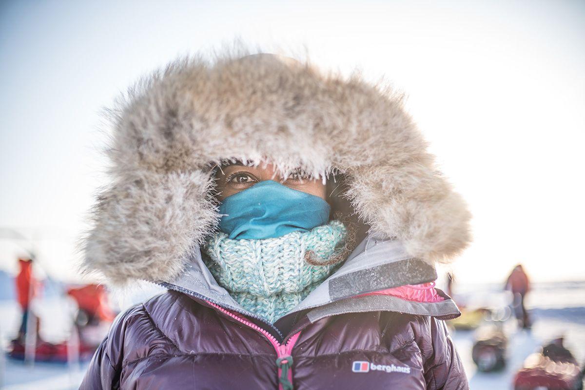 22.-Anisa-Al-Raissi-keeping-her-face-wam-in-her-polar-jacket-Photo-by-Renan-Ozturk