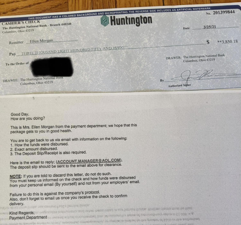 El cheque parece real, pero es no lo es