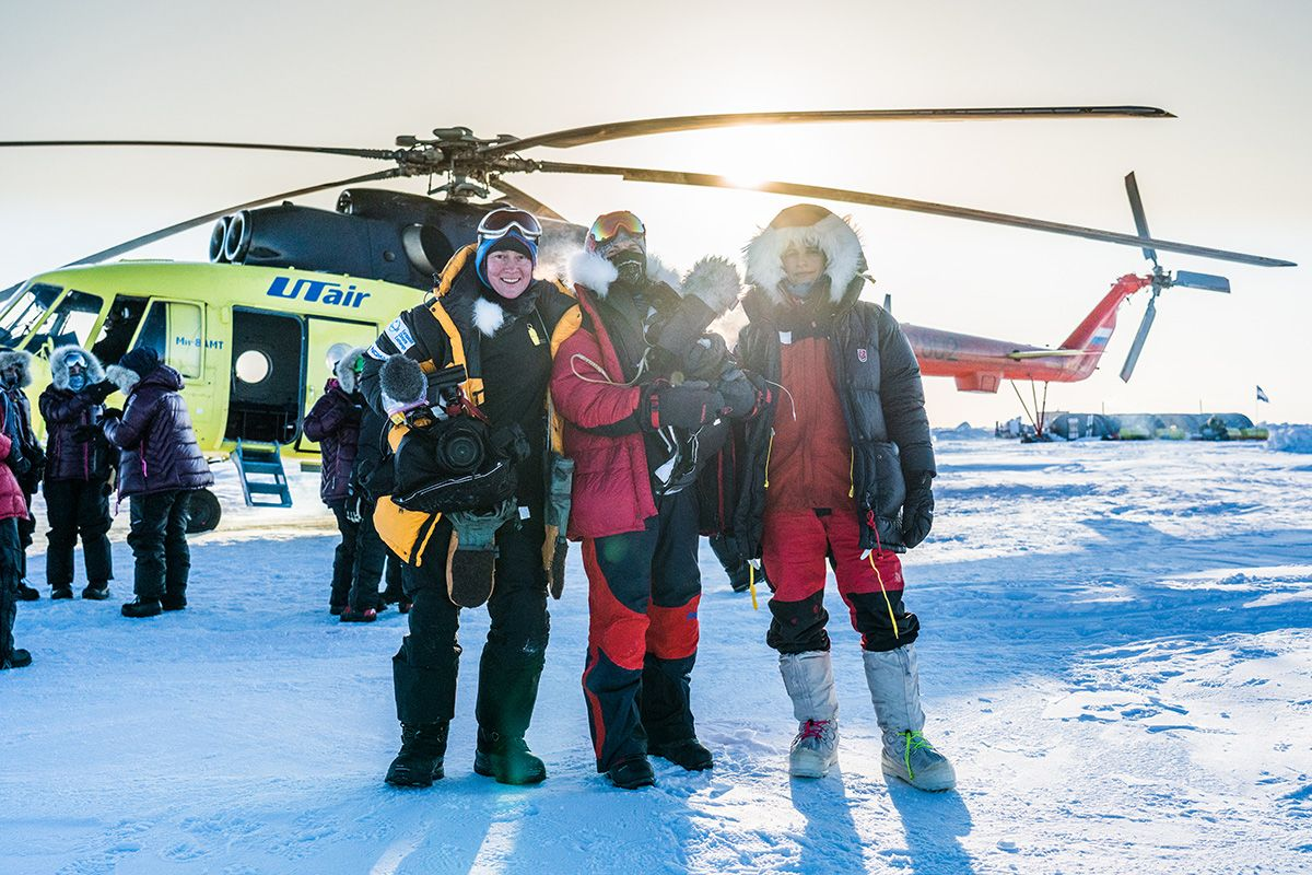 25.-Director-Holly-Morris-right-and-her-expert-polar-film-crew-that-documents-the-full-journey-for-the-expedition-feature-documentary-Photo-by-Renan-Ozturk
