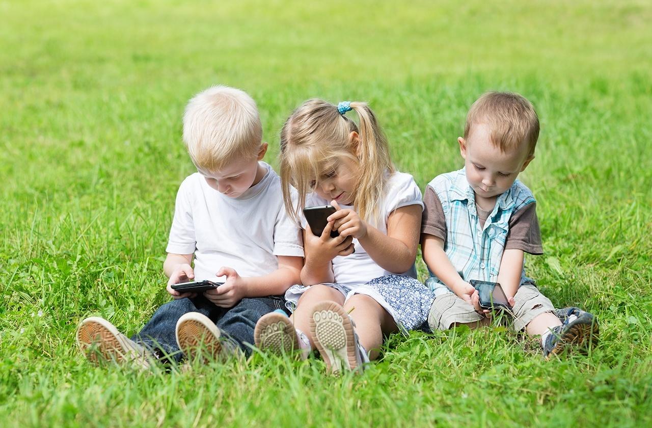 Как защитить детей онлайн: знание — сила