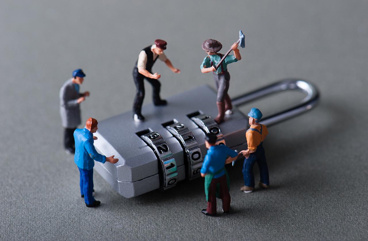 Security Week 33: двери без замков, неуязвимость Microsoft, дизассемблер и боль