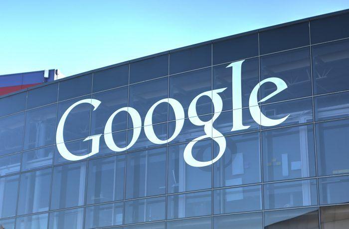 Прослушивает ли вас Google?