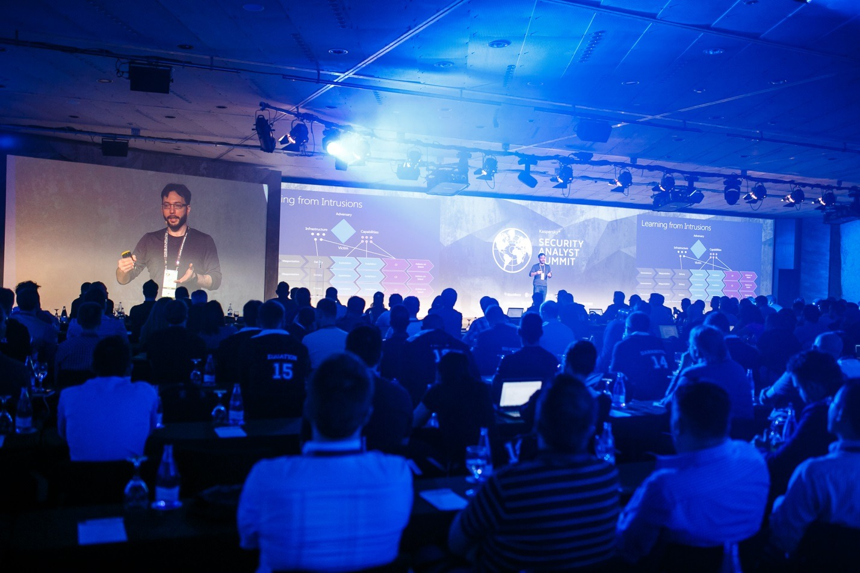Security Analyst Summit 2016: сцена