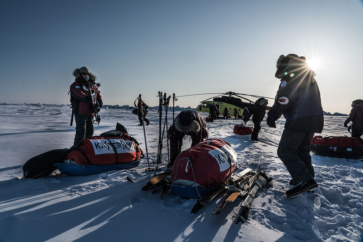29.-And-so-it-begins-the-starting-point-for-the-journey-across-the-ice-to-the-North-Pole.-From-this-point-on-the-team-is-on-their-own-Photo-by-Renan-Ozturk
