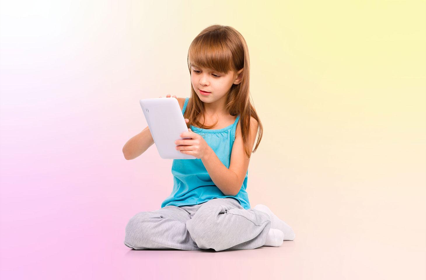 Как с пользой провести время в самоизоляции: 10 лучших мобильных игр для развития детей