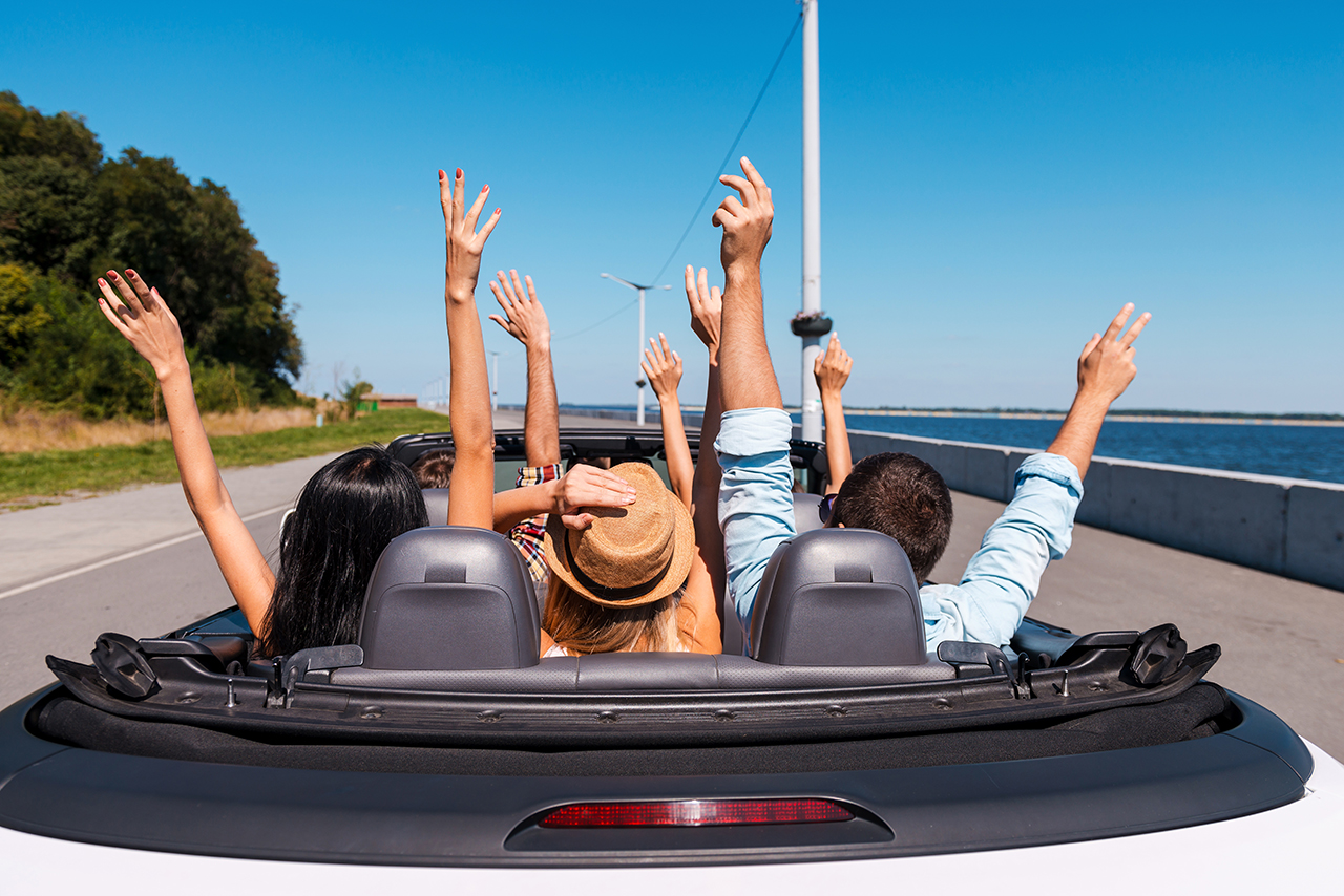 Renting a car abroad: survival guide
