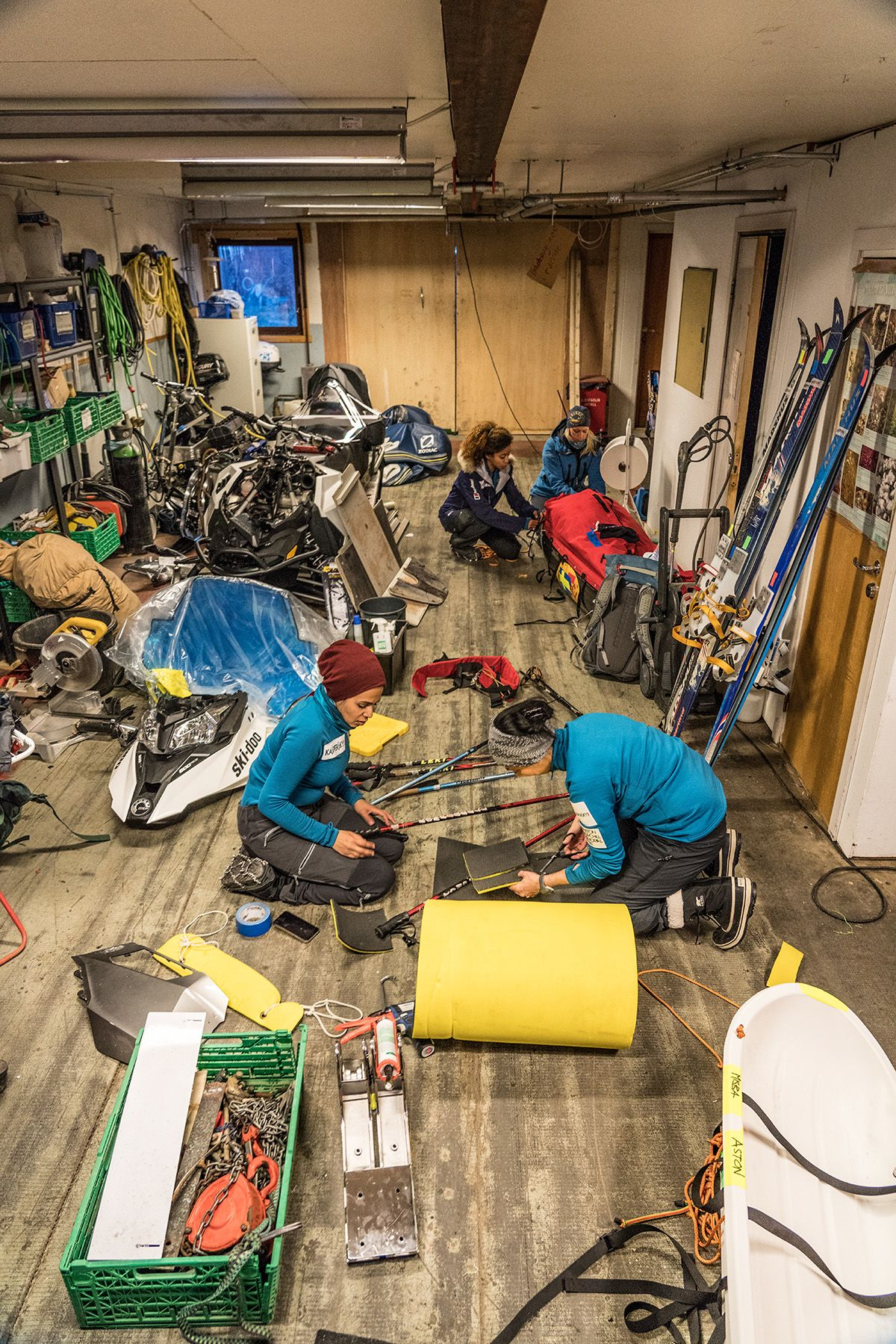 9.-Triple-checking-that-all-the-gear-is-in-working-order-and-nothing-is-forgotten-during-pre-departure-preparation-in-Svalbard-Photo-by-Renan-Ozturk