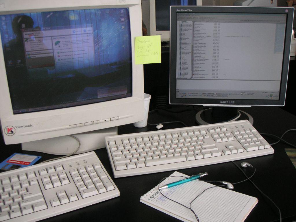 Six テスターのコンピューター