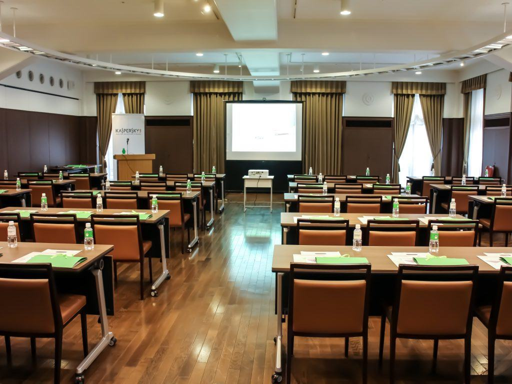 women-seminar-1