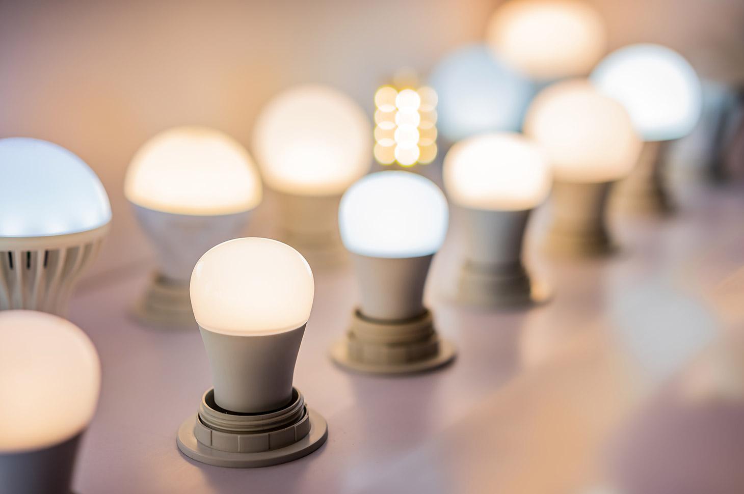 適切な照明は、快適な環境を作る効果的な手段の一つ